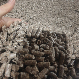 A2 Pine Wood Pellets, 8mm, big-bag, 1 tonne Pellets 2,600.00